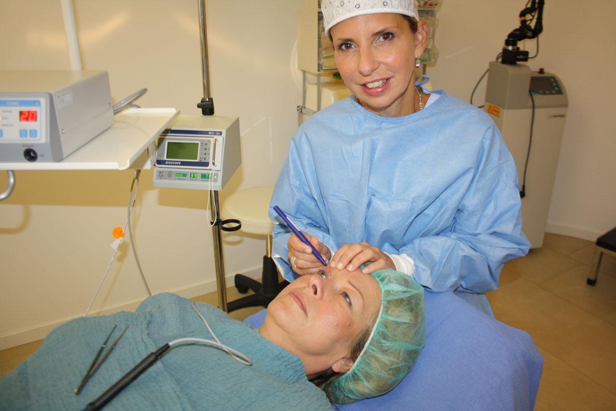 Unterlidstraffung transkutane Blepharoplastik Dr. Wallentin Wien