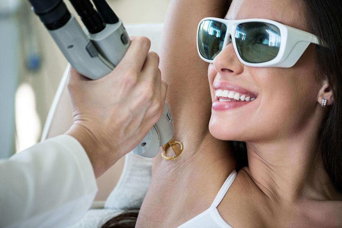 Laser-Haarentfernung Achseln bei Dr. Wallentin in Wien